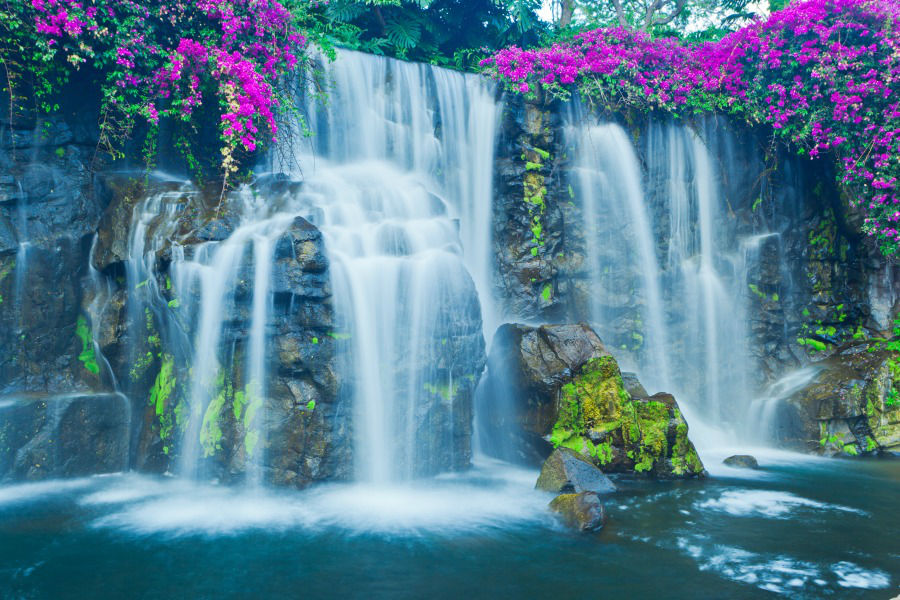 900-Beautiful-Blue-Waterfall-in-Ha-29537168